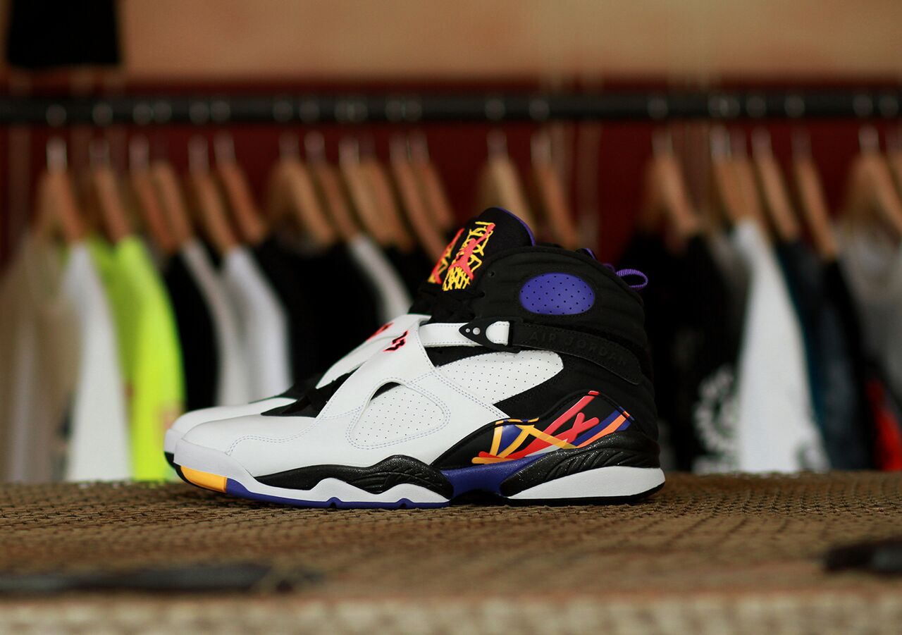 Air Jordan 8 Three Time's A Charm