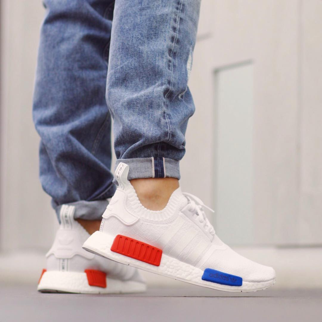 los angeles 0b340 3ec54 adidas-nmd-r1-primeknit-og-white-on-feet