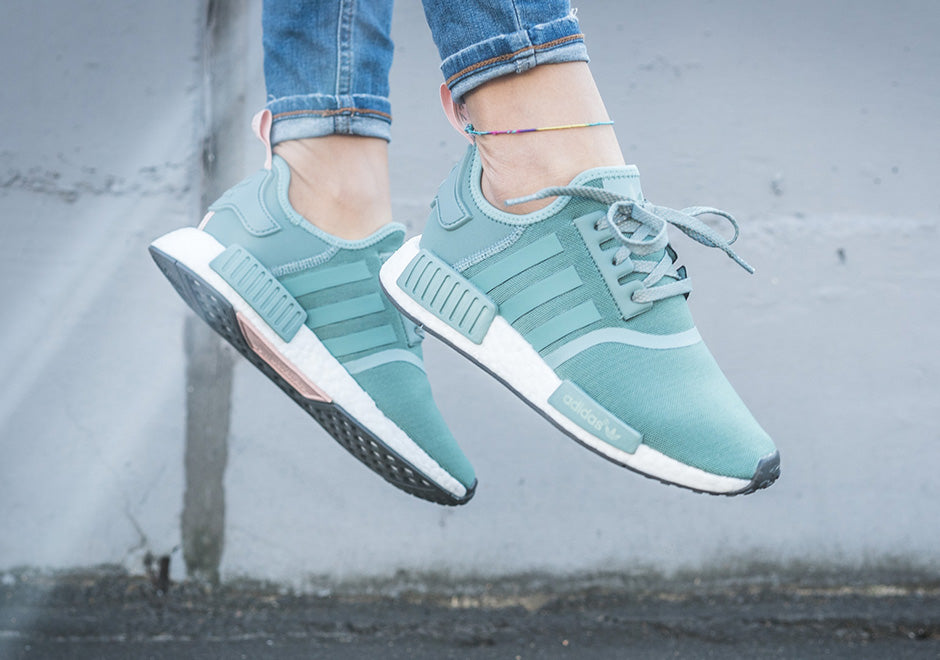 adidas-nmd-r1-vapour-green-light-pink