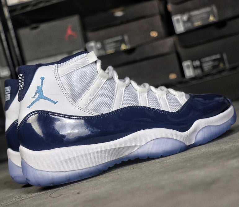 air-jordan-11-midnight-navy-heel