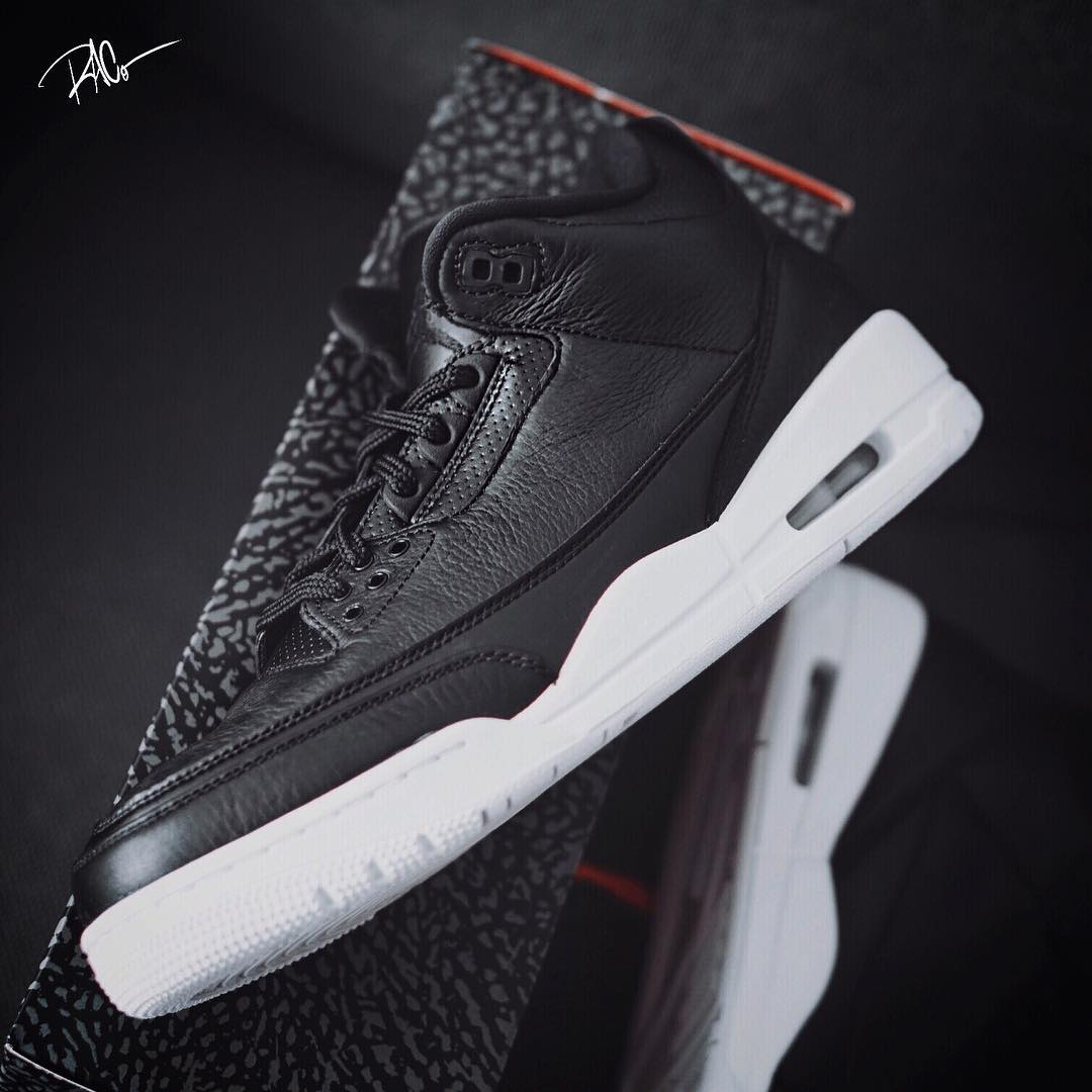 air-jordan-3-cyber-monday-black-white-update