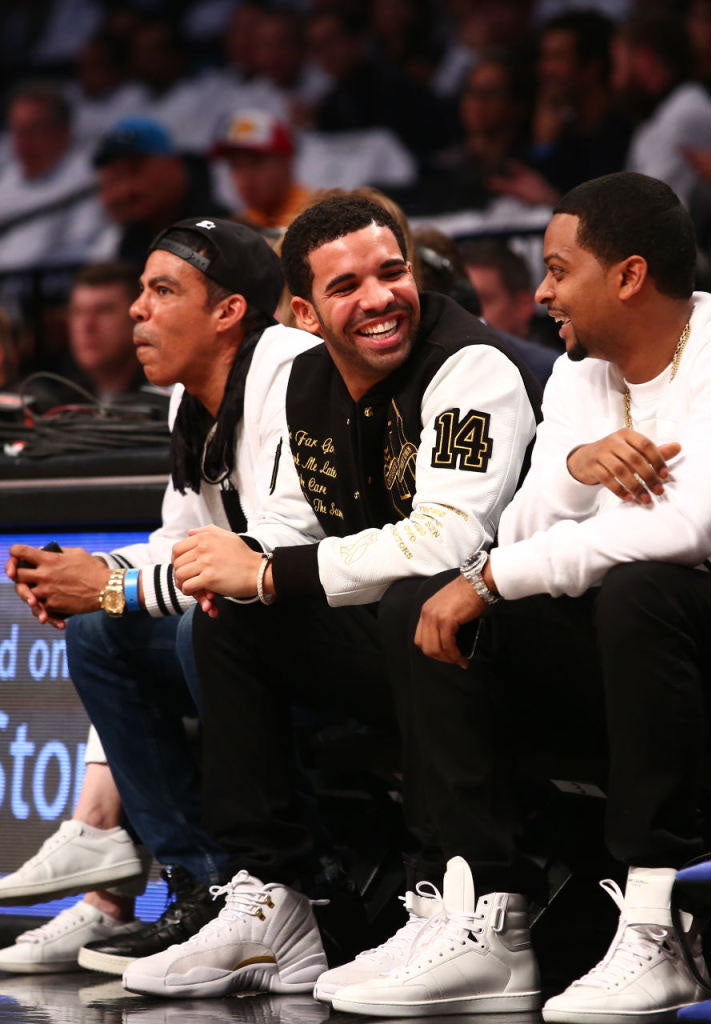 drake-air-jordan-xii-12-ovo-white