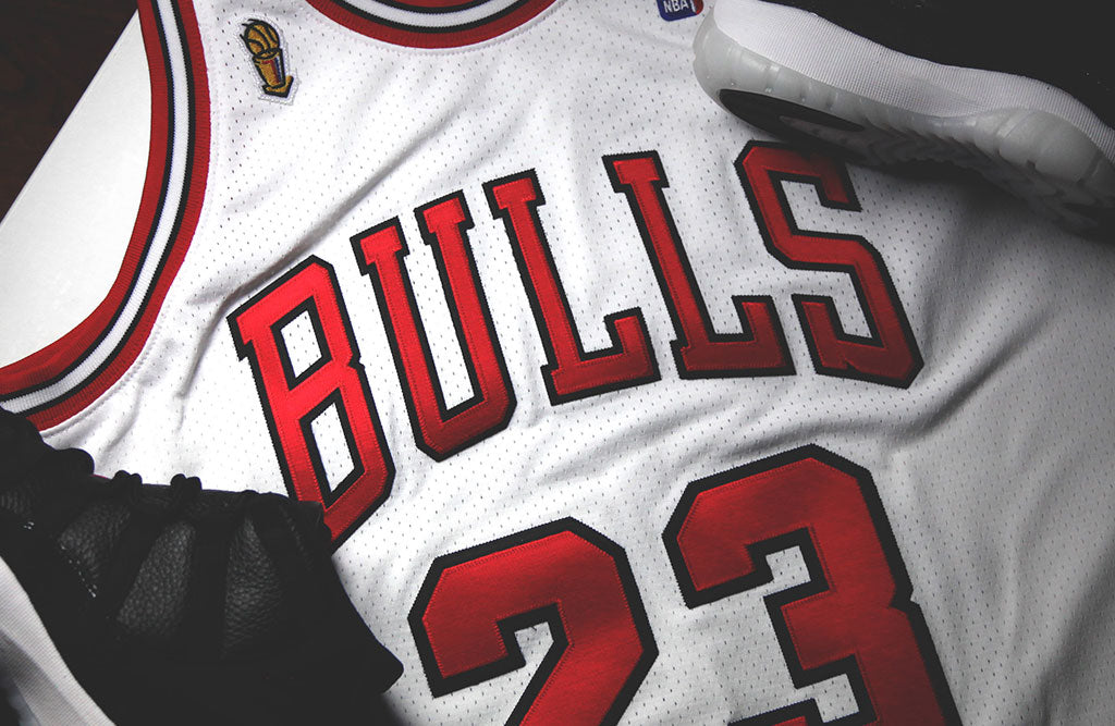 jordan-72-10-mitchell-and-ness-jersey-bulls