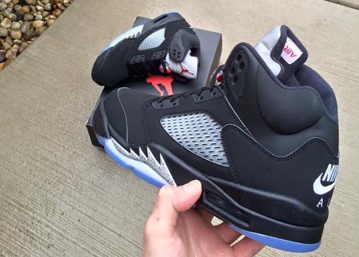 jordan 5 black metallic returns july 2016 (1)