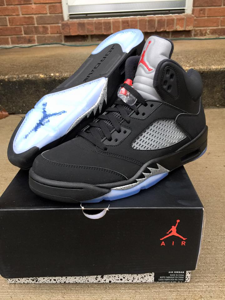 jordan 5 black metallic returns july 2016 (2)
