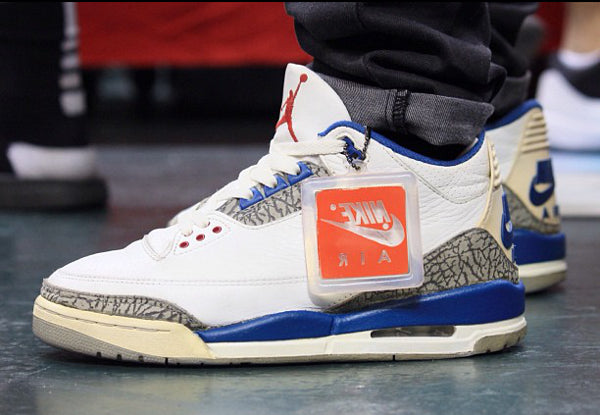 nike-air-jordan-3-og-true-blue-black-friday
