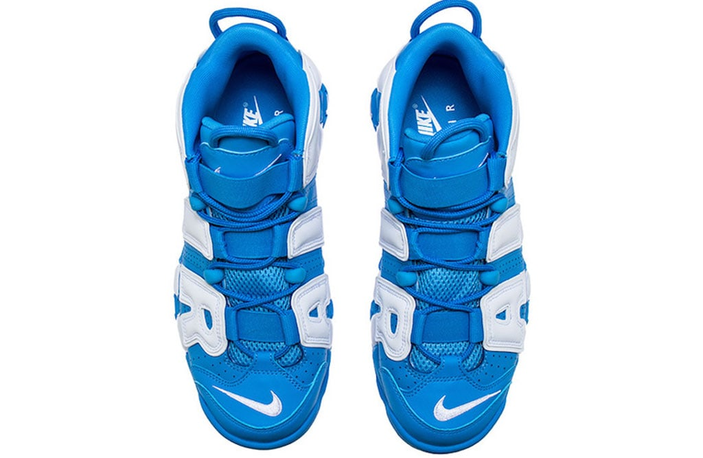 nike-air-more-uptempo-university-blue-close-up