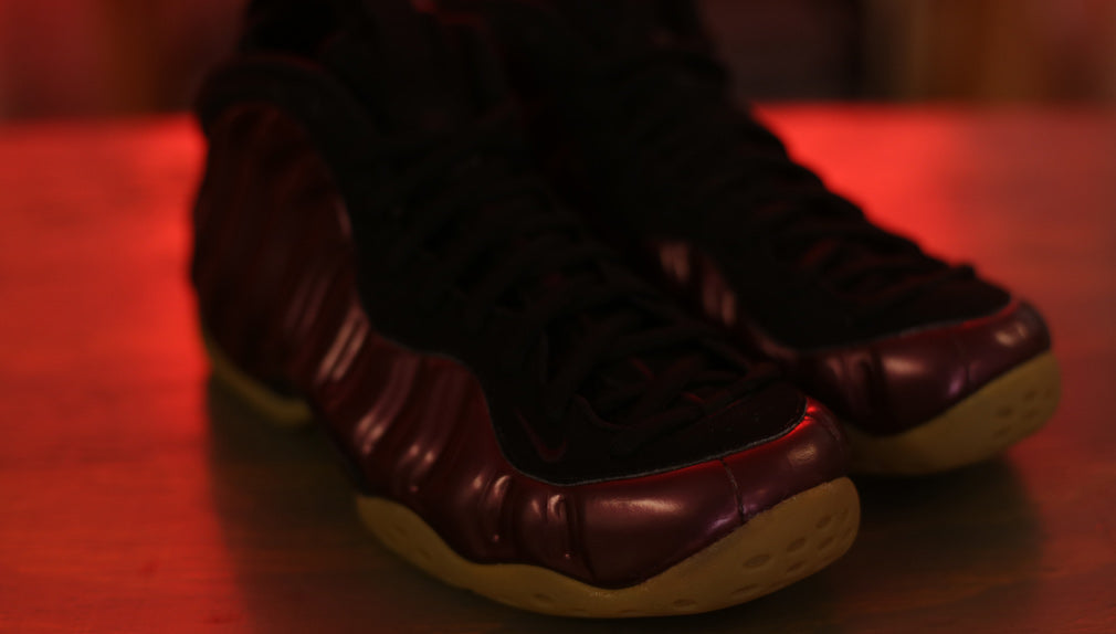 nike-foamposite-one-maroon-gum-toe-8and9-showroom