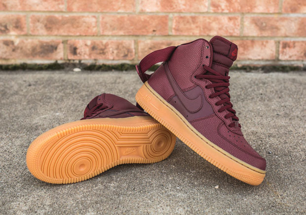 nike-wmns-air-force-1-hi-se-night-maroon-detail-2016