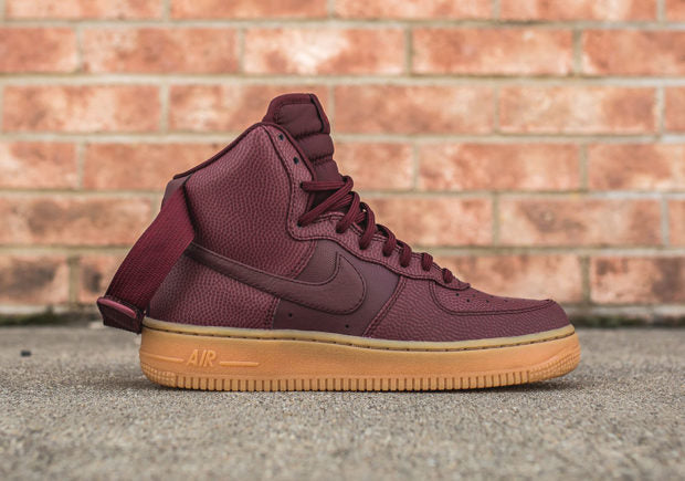 nike-wmns-air-force-1-hi-se-night-maroon-detail