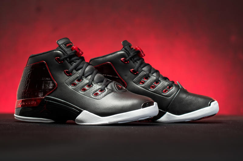 official-air-jordan-17-retro-chicago-bulls