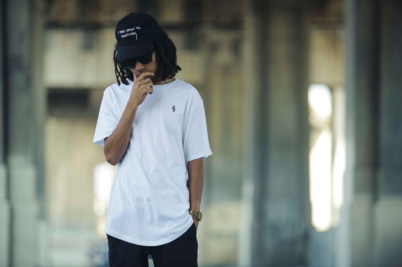 Street Wear Curved Hem Mini Keys Shirt White