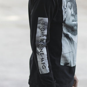 Gimmie the Loot ls tee black right sleeve