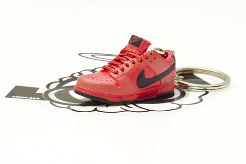 super popular 57417 34e64 Nike True Red Dunk Low Sneaker Keychain This is a beautiful 1 6th scale  replica of a Nike Dunk mini sneaker key chain. These plastic molded  keychains have ...