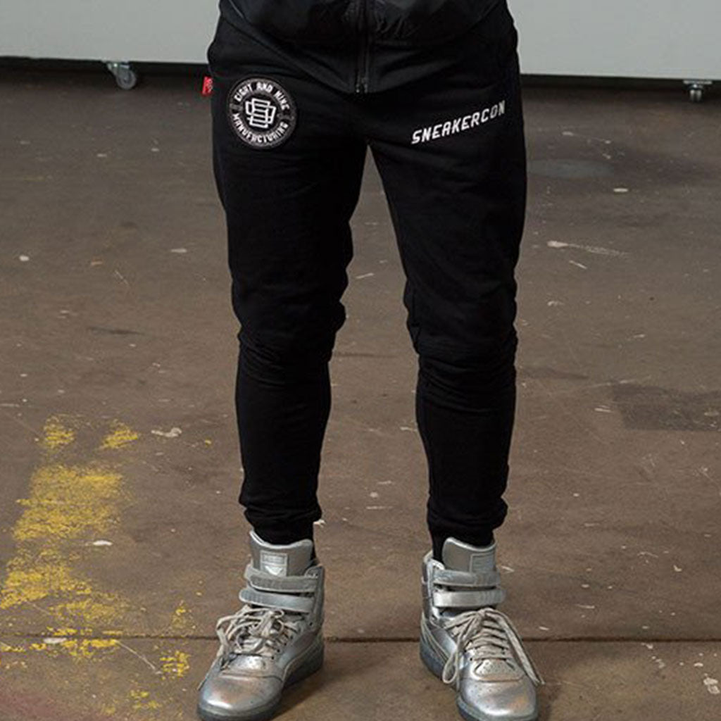Sneaker Con Sweatpants Black Joggers