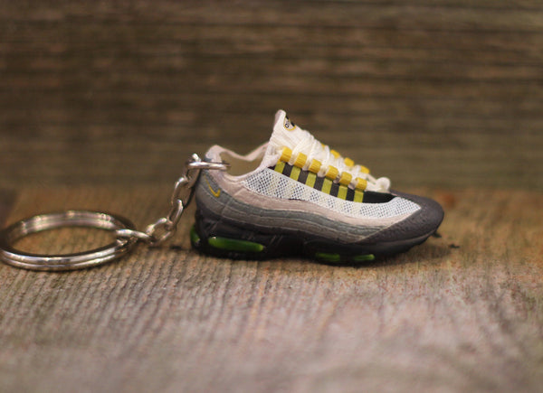 6428216adc52 Nike Air Max 95 Neon Low Sneaker Keychain