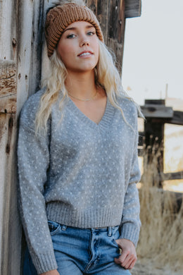 Lovely Sweater - Live By Nature Boutique