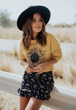 Load image into Gallery viewer, Sunflower Sweatshirt - Live By Nature