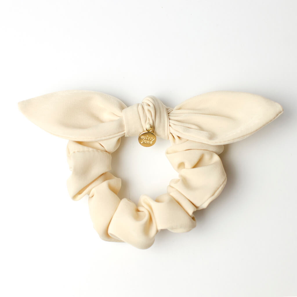 Cream Knotted Bow Scrunchie