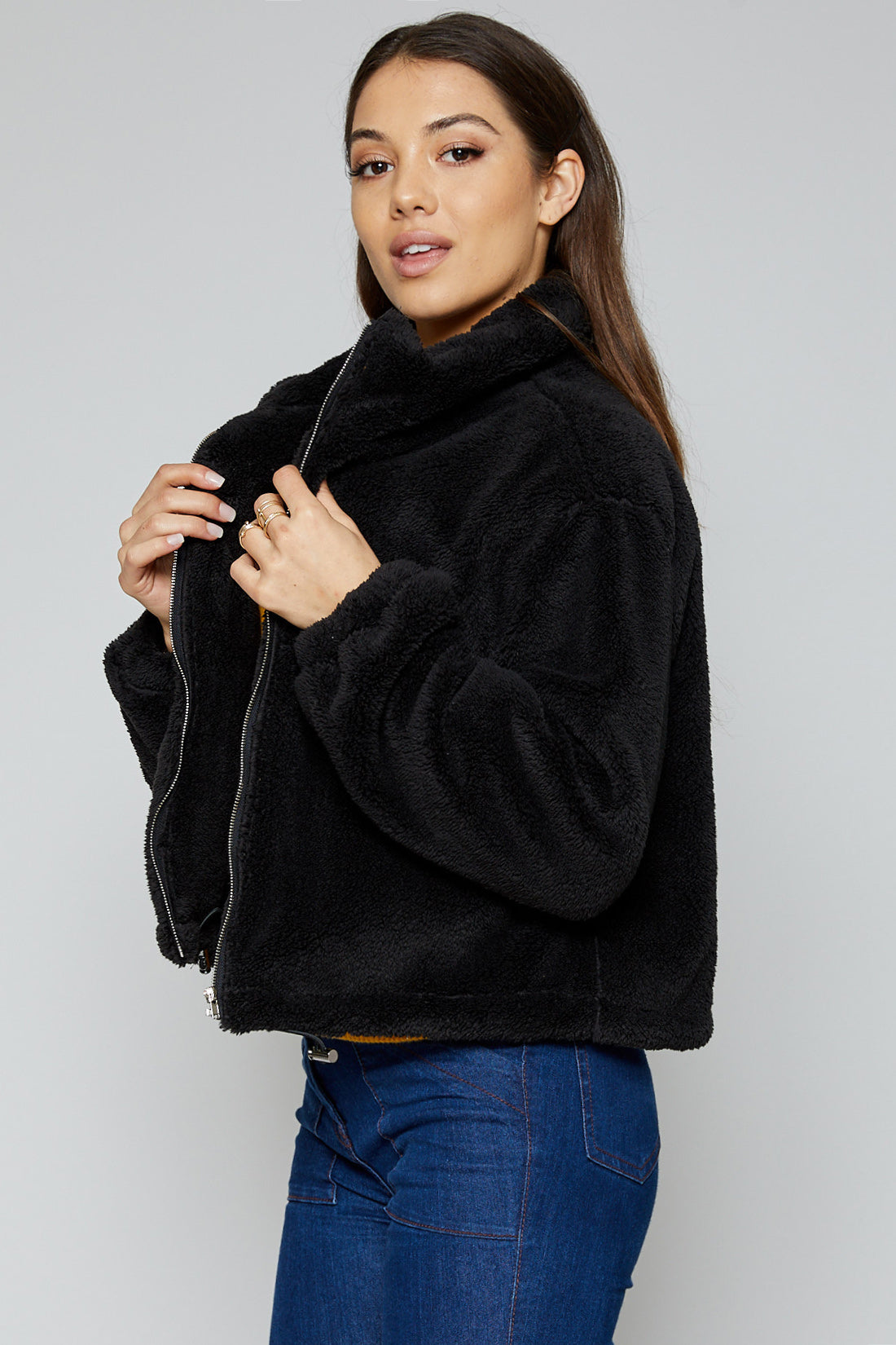 Cambridge Fleece Jacket in Black