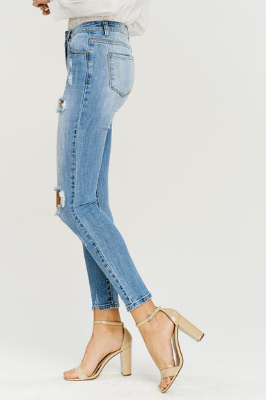 Distressed KanCan Jean