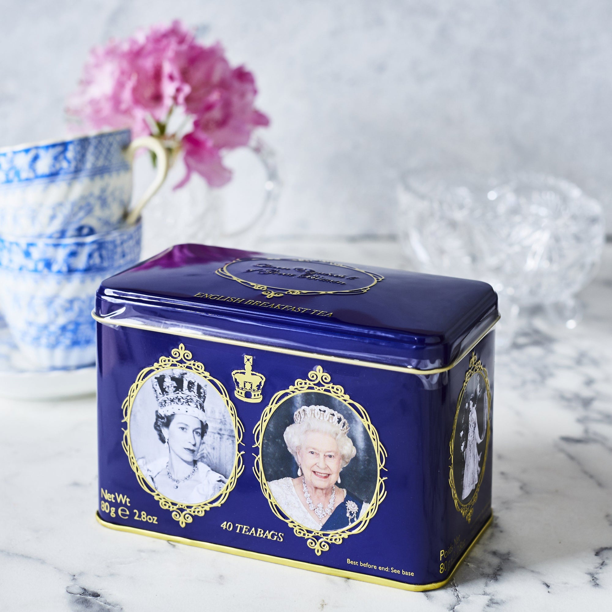 Queen Elizabeth II Tin with 40 English Breakfast teabags Black Tea New English Teas