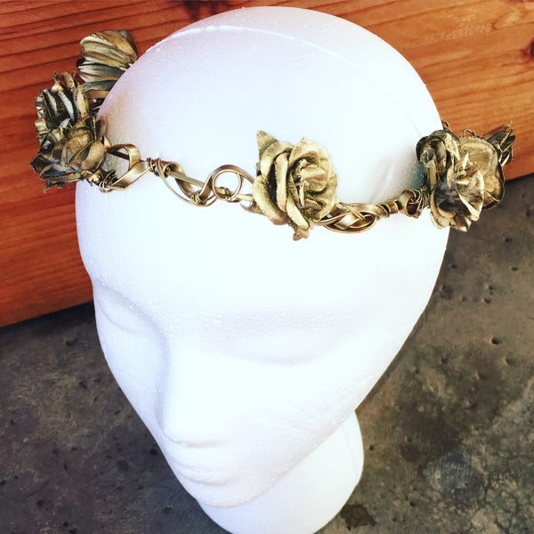 Hele Gold Rose Crown