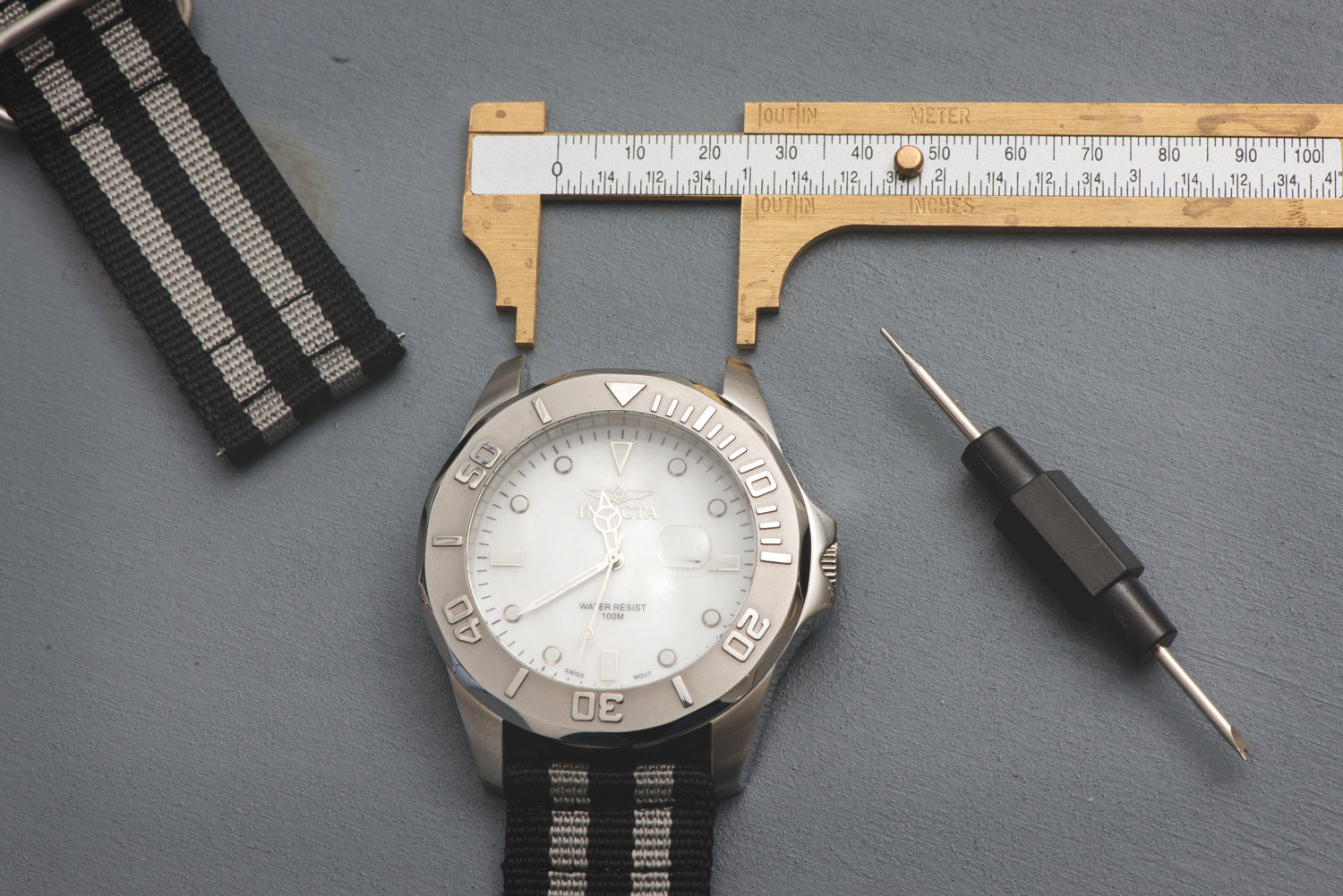 Measuring Lug Width for a Watch Strap