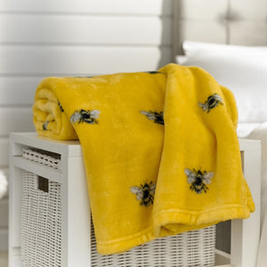 Cosy Throw-Bees