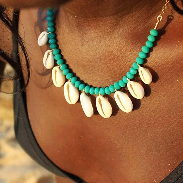 Artilady Cowrie shell choker necklace