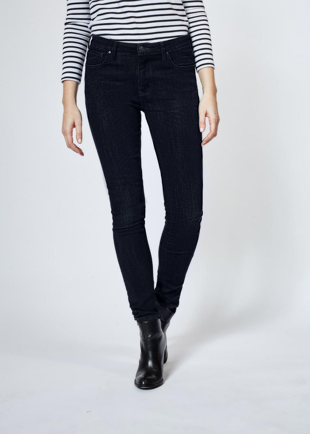 Performance Denim Skinny Rinse