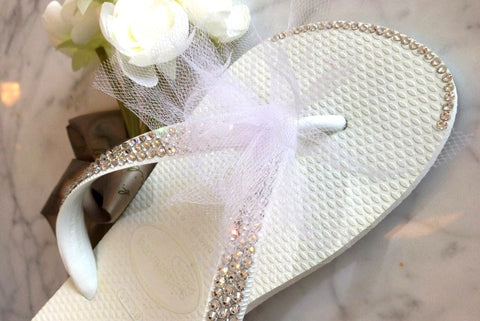 Wedding Havaianas Flip Flops with Swarovski Crystals, Crystals Tip and Detachable Tulle