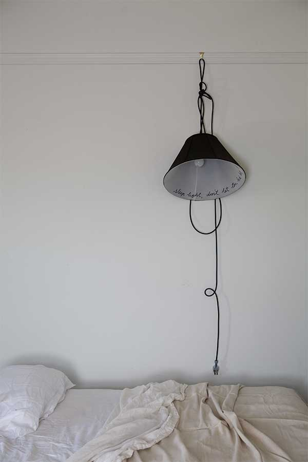 sibella-court-styling-tips-etcetera-hanging-light