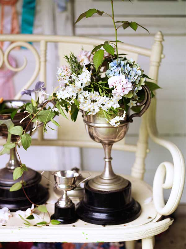 sibella-court-styling-tips-etcetera-rflowers