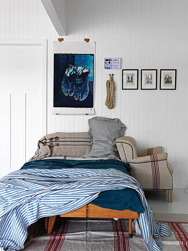 sibella-court-stylist-alphabet-indigo-bed