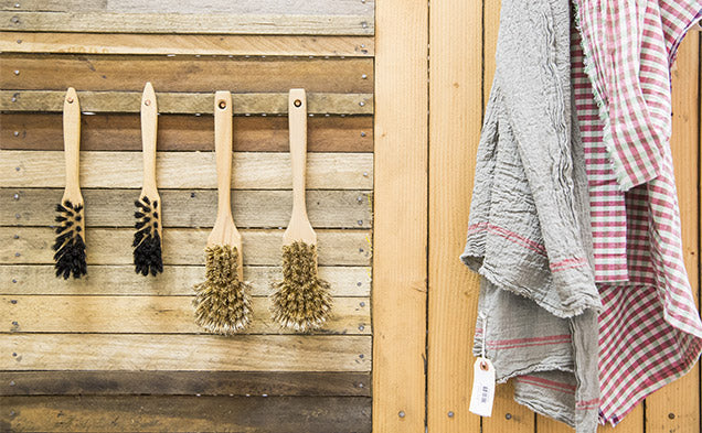the-society-towels-brushes