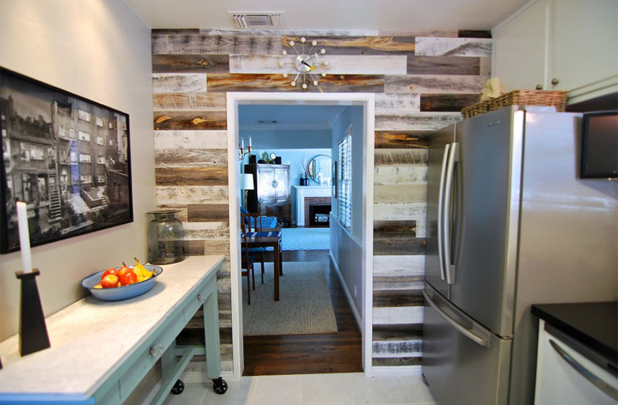 Use your backsplash to its greatest advantage with Reclaimed Weathered Wood.  Its quick installation will give your kitchen a charming facelift and your  ... - 7 Reclaimed Wood Kitchen Ideas Stikwood DIY Wood Decor