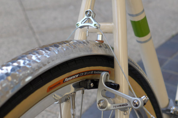Tektro CR720 Brakes with Velo Orange Hammered Mudguards and Panaracer Tyres