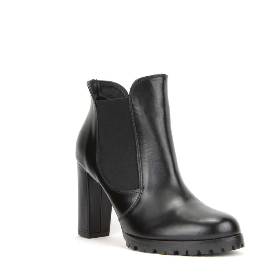 Carmen Ankle Boot <b>Black Leather</b>