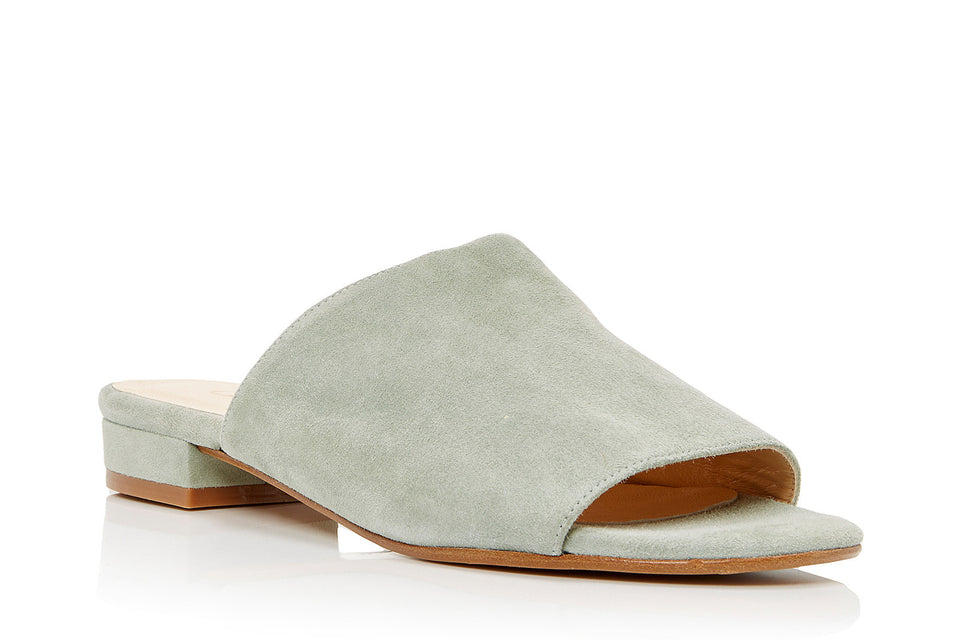 Luna Sandal in Mint Suede