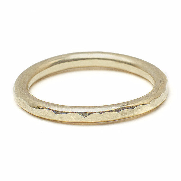 Hammered band 14kt gold