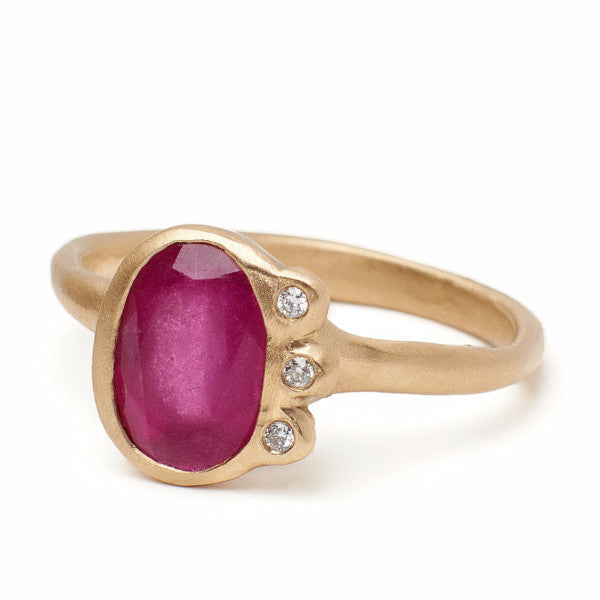 Eloise Ring with ruby and white diamonds