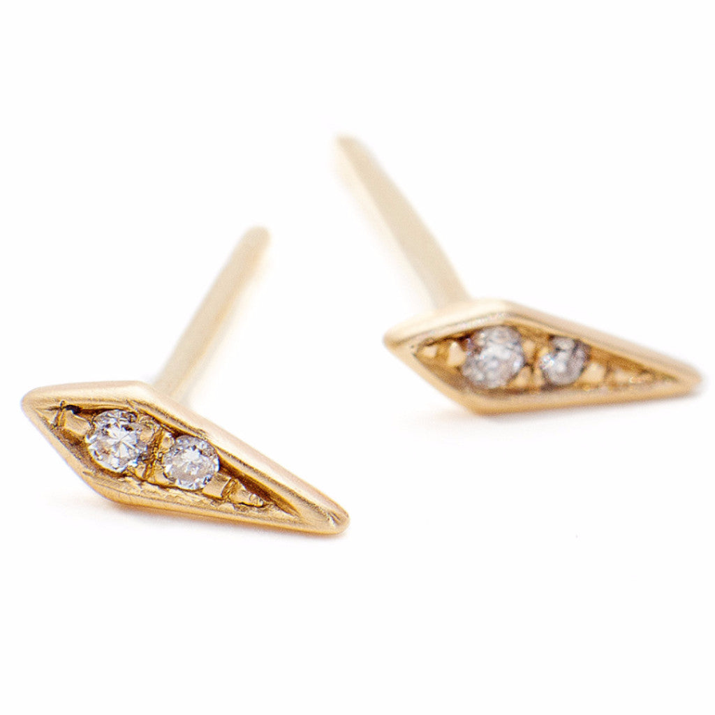 products gemstone stud post delicate earrings shell qgii il jewelry gold fullxfull stone everyday mishan inbal studs