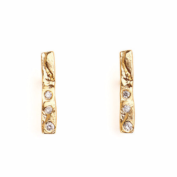 Simple, textured delicate 14kt gold bar earring studs with diamonds