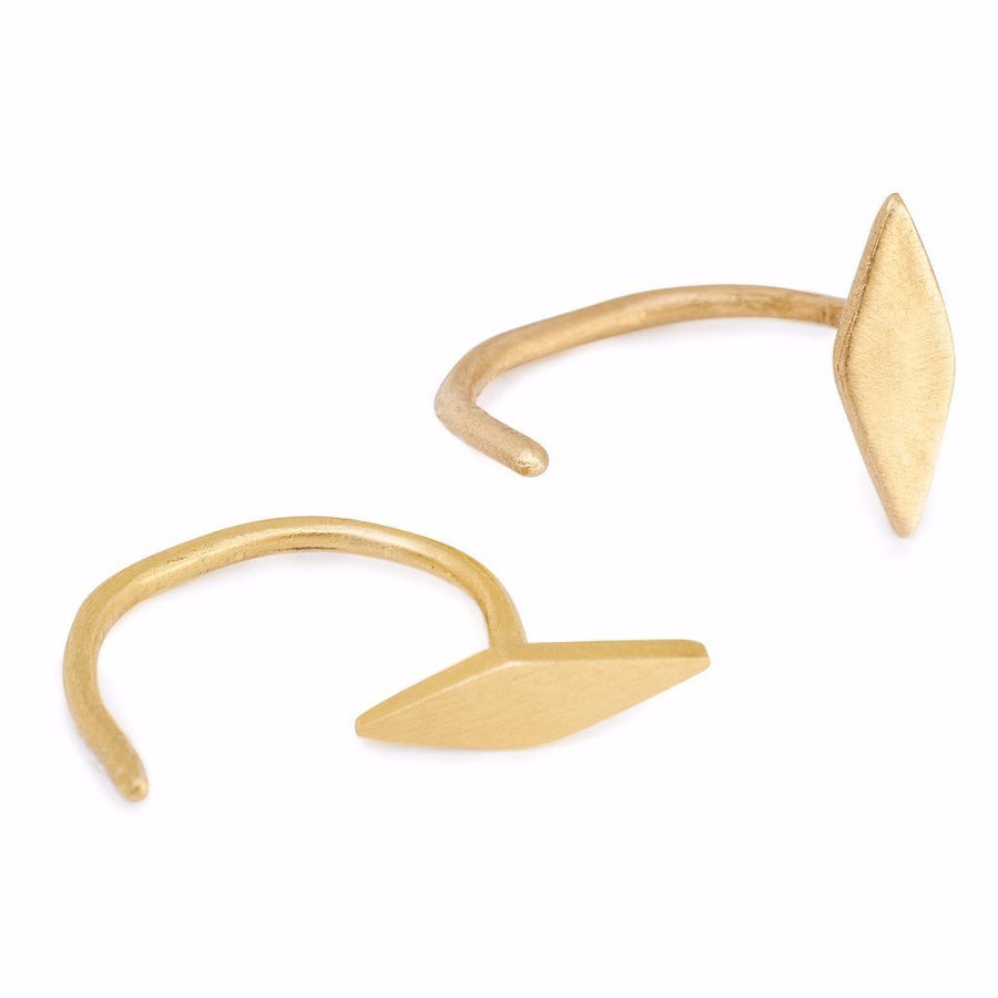Inez Claw Earrings