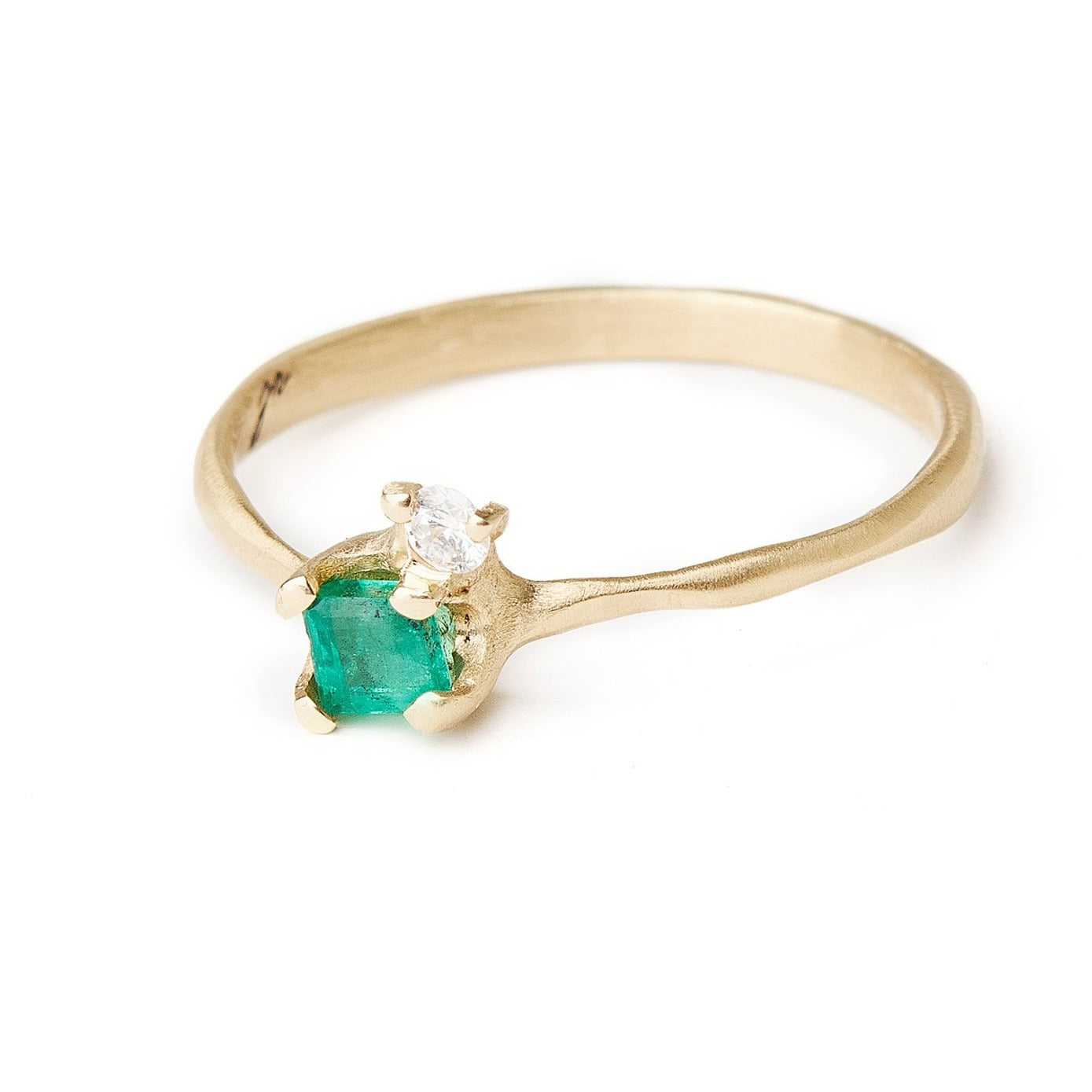 Small delicate emerald and diamond ring off-set diamond. Sweet ring alternative bridal