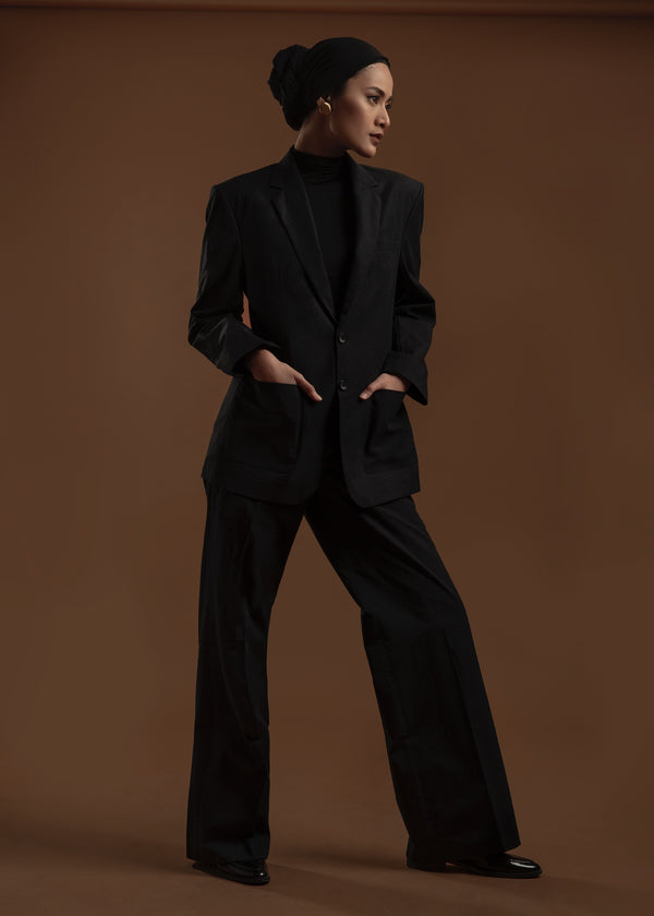 Newton Suit (Black)