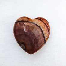 Load image into Gallery viewer, Agate Heart