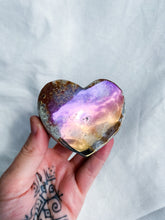 Load image into Gallery viewer, Agate Aura Heartshape