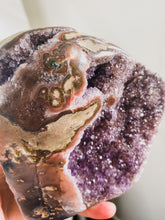 Load image into Gallery viewer, Amethyst Cut Base pink/purple goddess